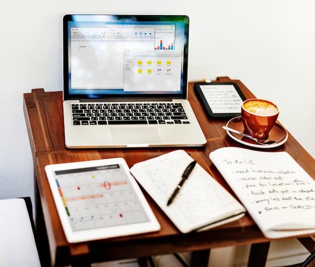 Home office workspace miejsce pracy koncepcji