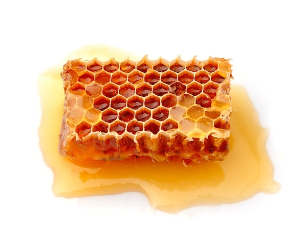 Honeycomb na białym tle
