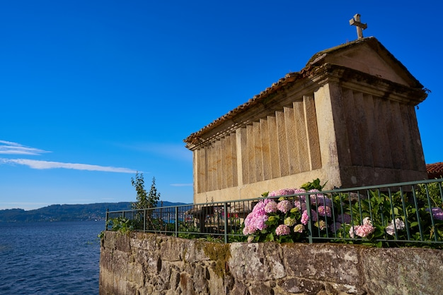 Horreo w miejscowości combarro pontevedra galicja hiszpania