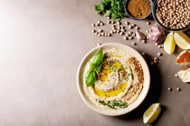 Hummus z oliwą z oliwek