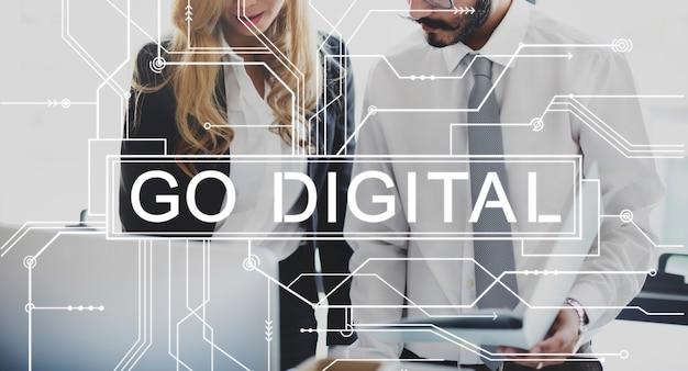 Idź digital online technology elektronika koncepcja płyty głównej