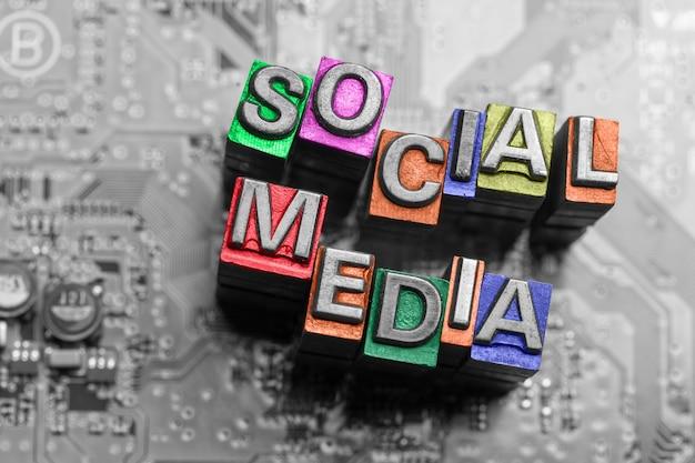 Ikona internet, media społecznościowe i blog