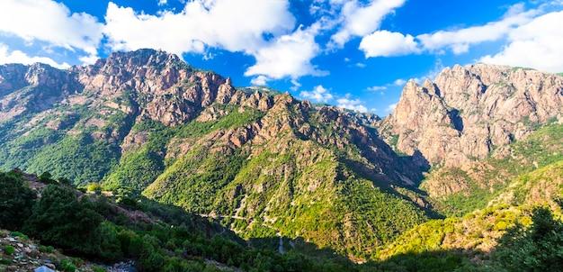 Imponujące góry na korsyce