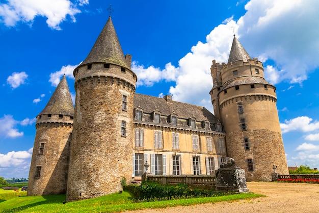 Imponujące średniowieczne zamki francji.