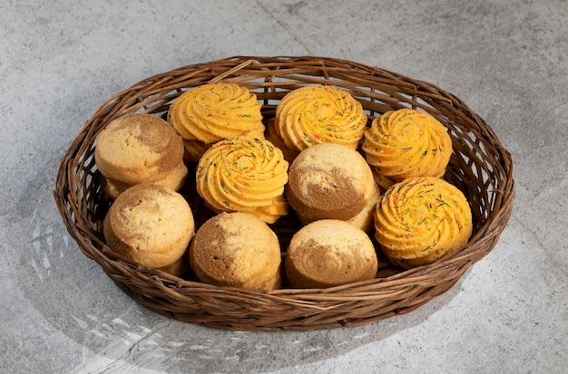 Indian sweet food nankhatai lub cookies