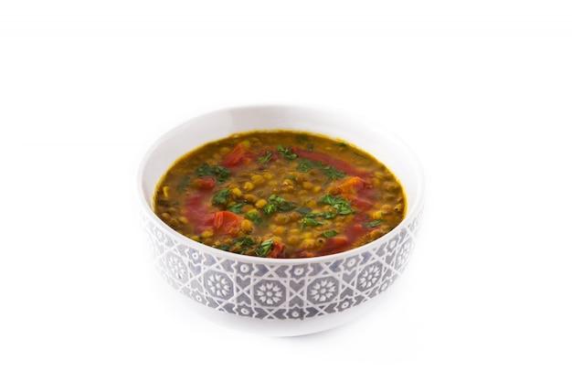 Indiańskiej soczewicy zupny dal w pucharze odizolowywającym