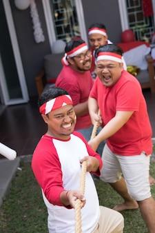 Indonezyjska rywalizacja o przeciąganie liny