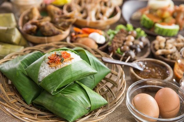 Indonezyjskie tradycyjne potrawy ze środkowej jawy