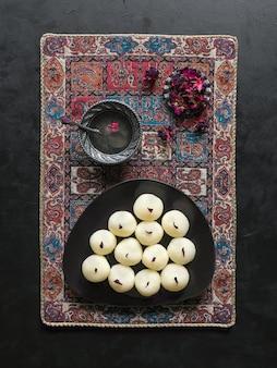 Indyjska tradycyjna słodka rasgulla