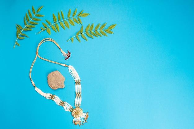 Indyjski projekt biżuterii naszyjnik w kolorze niebieskim