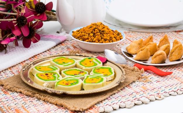 Indyjskie słodkie jedzenie mawa peda
