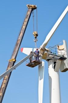 Instalacja turbiny wiatrowej