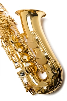 Instrument jazzowy saksofon na białym tle