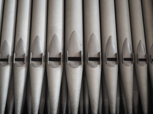 Instrument klawiszowy kościelnych organów piszczałkowych
