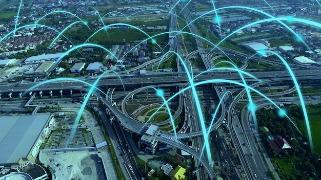 Inteligentna cyfrowa autostrada miejska z grafiką globalizacji sieci połączeń