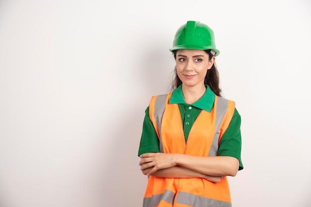 Inżynier budowy kobiet z kaskiem. zdjęcie wysokiej jakości
