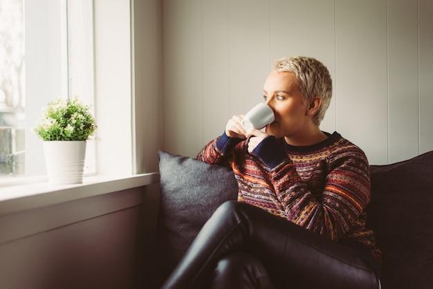 Islandzkie piękne momenty życia kobiety