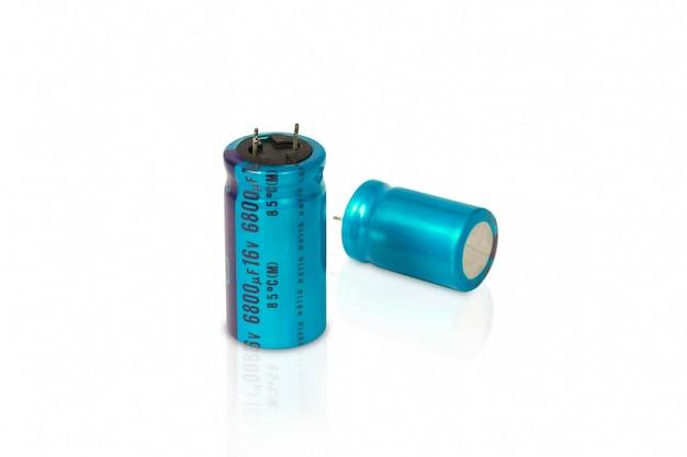 Izolowany kondensator elektrolityczny