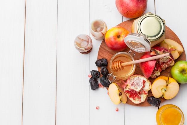 Jabłko i miód, tradycyjne jedzenie żydowskiego nowego roku