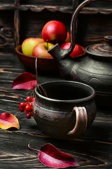 Jabłkowa jesienna herbata