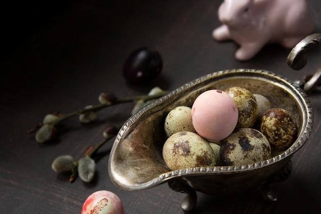 Jajka przepiórcze, święta wielkanocne, wiosna, pisanki