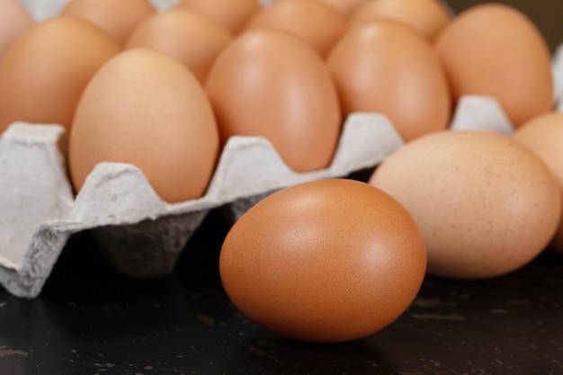 Jajko, jajko z kurczaka. żywność organiczna