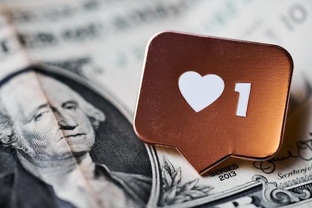 Jak symbol serca na dolara. jak przycisk znaku, symbol z sercem i jedną cyfrą. kupuj obserwujących do marketingu w mediach społecznościowych. tania koncepcja ceny.