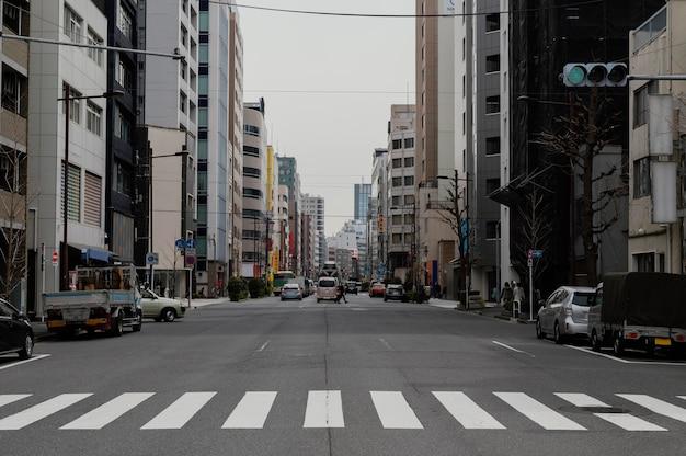 Japonia ulica w ciągu dnia