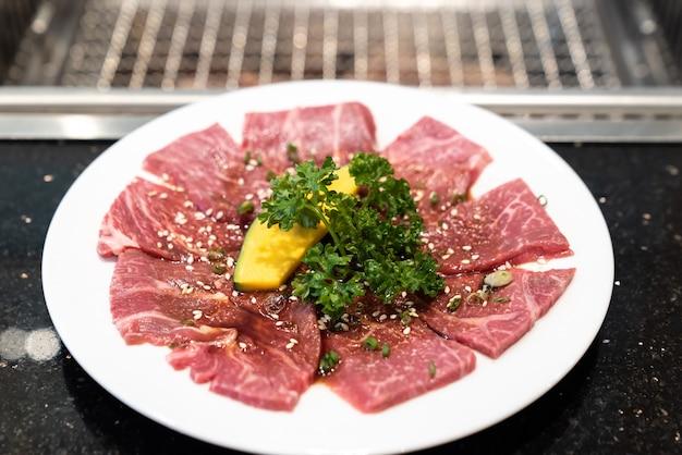 Japońska wołowina yakiniku wagyu