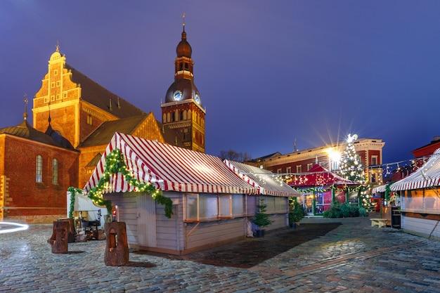 Jarmark bożonarodzeniowy w rydze, łotwa