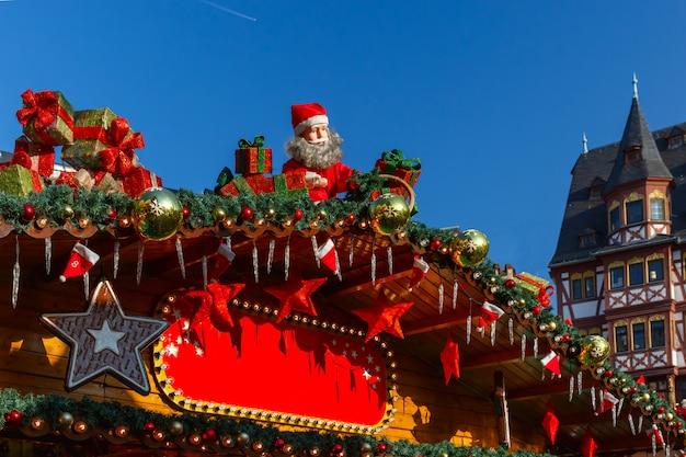 Jarmark bożonarodzeniowy w strasburgu, alzacja, francja