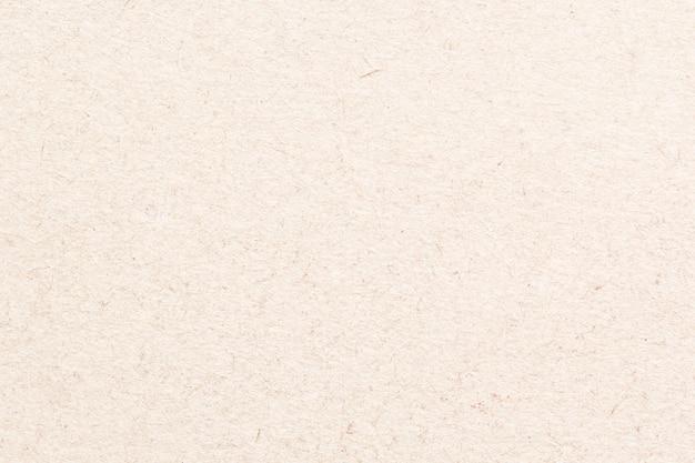 Jasnobrązowy papier makulaturowy
