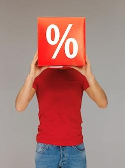 Jasny obraz mężczyzny ze znakiem procentu