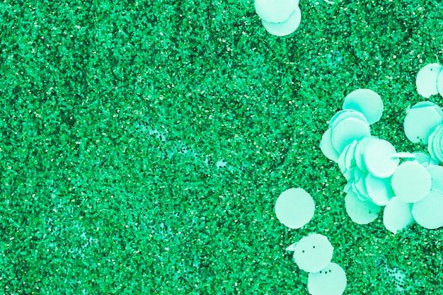 Jasny zielony błyszczy i konfetti