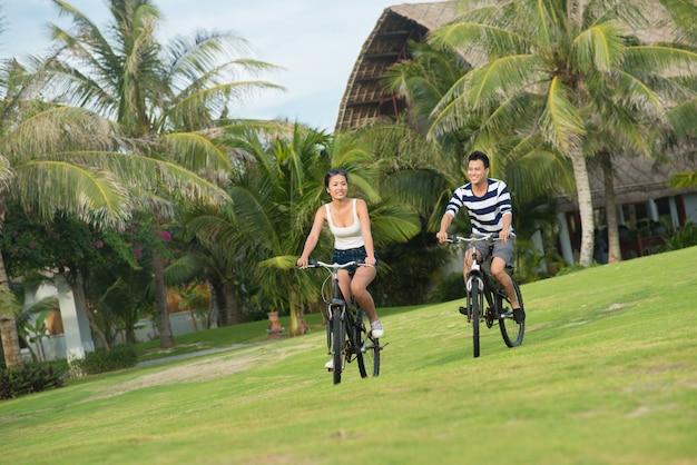 Jazda na rowerze w parku