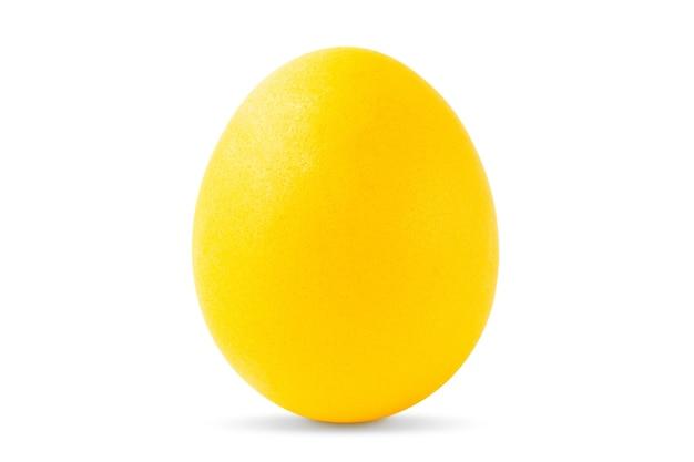 Jeden żółty pisanka na białym tle