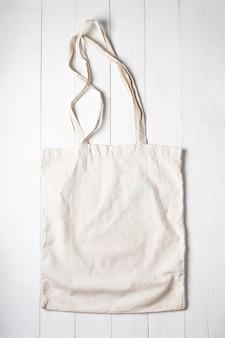 Jedna torba na zakupy z tkaniny