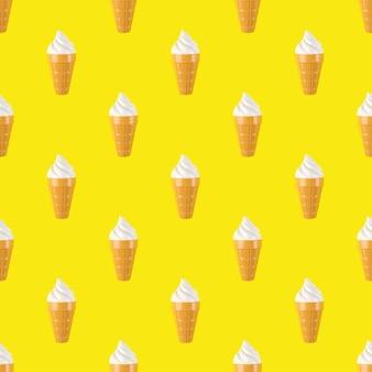 Jednolity wzór plastikowych lodów. plastikowe fast foody na żółtym tle