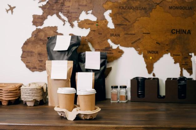 Jednorazowe kubki papierowe na wynos