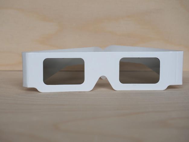 Jednorazowe okulary polaryzacyjne