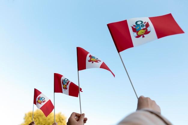 Jedwabna narodowa flaga peru na zewnątrz