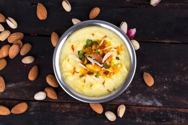 Jedzenie kesar rabri