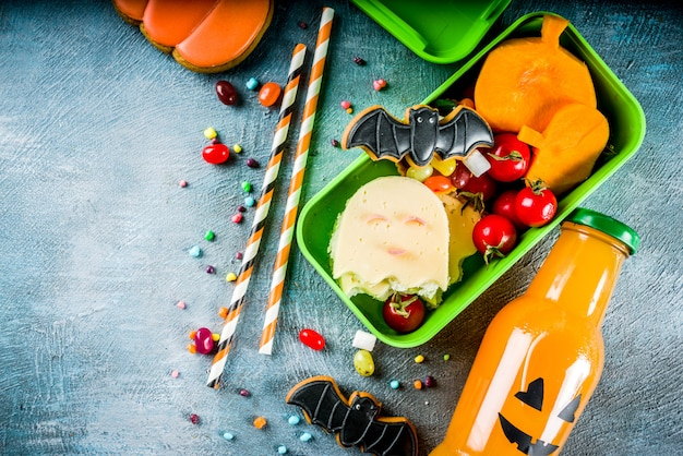 Jedzenie na halloween, szkolne pudełko na lunch