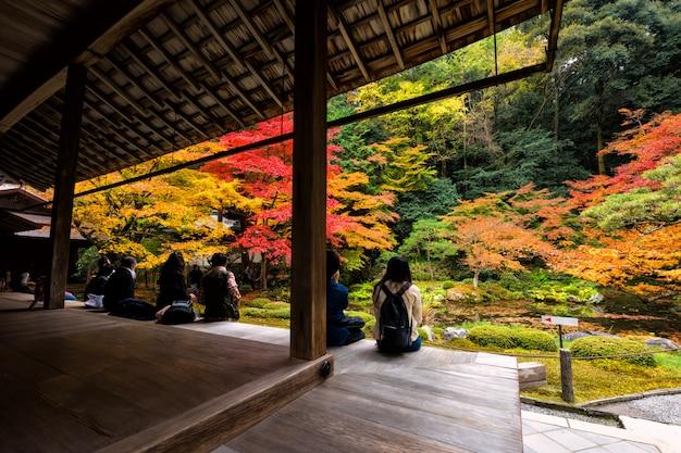 Jesień ogród przy nanzen-ji świątynią, kyoto