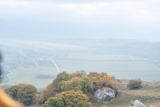 Jesienny krajobraz w górach