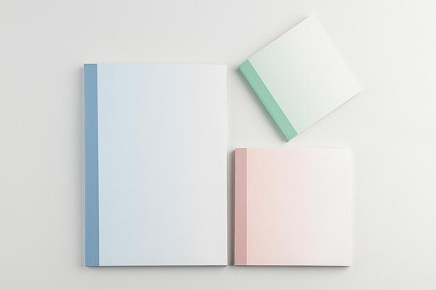 Jest dużo miejsca na notatki z białym tłem