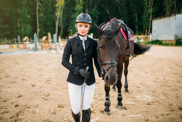 Jeździectwo, dżokej i koń