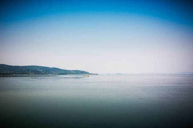 Jezioro finlandii scape latem