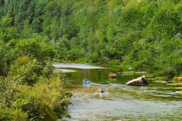 Kajakarstwo w gorges du tarn parc national des cvennes france
