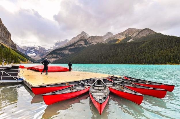 Kajakarstwo w lake louise